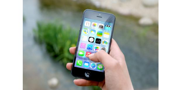 Smartphones ameaçam PC no acesso à internet
