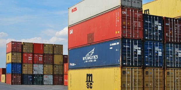 Exportações aumentam mas não compensam importações