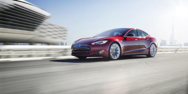 Tesla angaria 1,1 mil milhões de euros