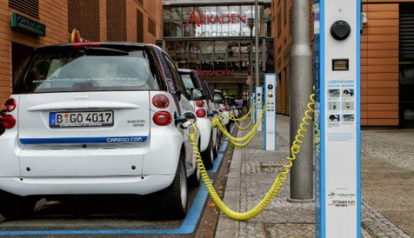 Portugueses abraçam veículos eléctricos e híbridos