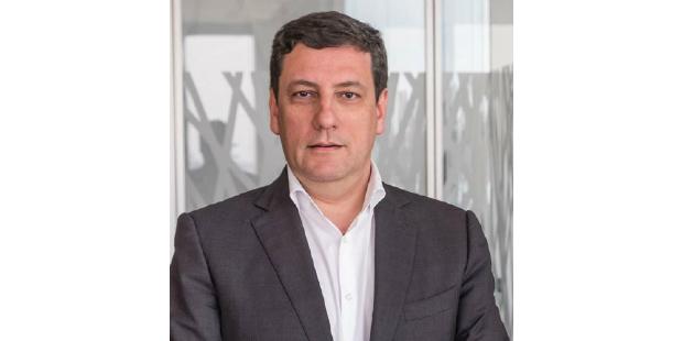 Entrevista: Eduardo Fitas   Vice-Presidente da Accenture