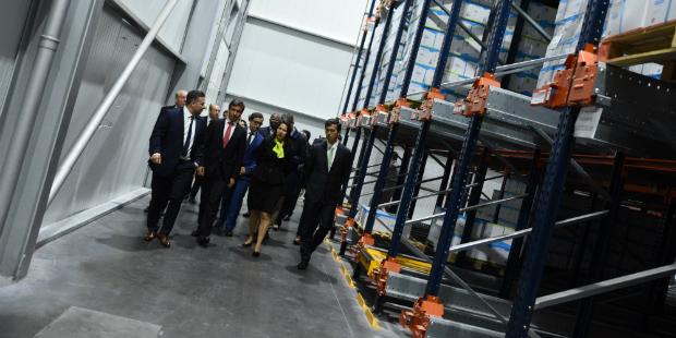 Raclac investe 20 milhões em fábrica de luvas descartáveis