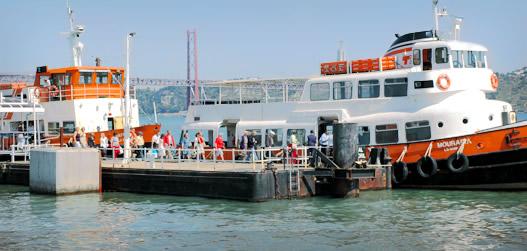 Barcos da Transtejo devem parar ao início da tarde desta terça-feira