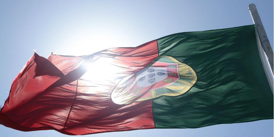 Portugal vs Espanha: somos menos, com menos médicos e mais dependentes