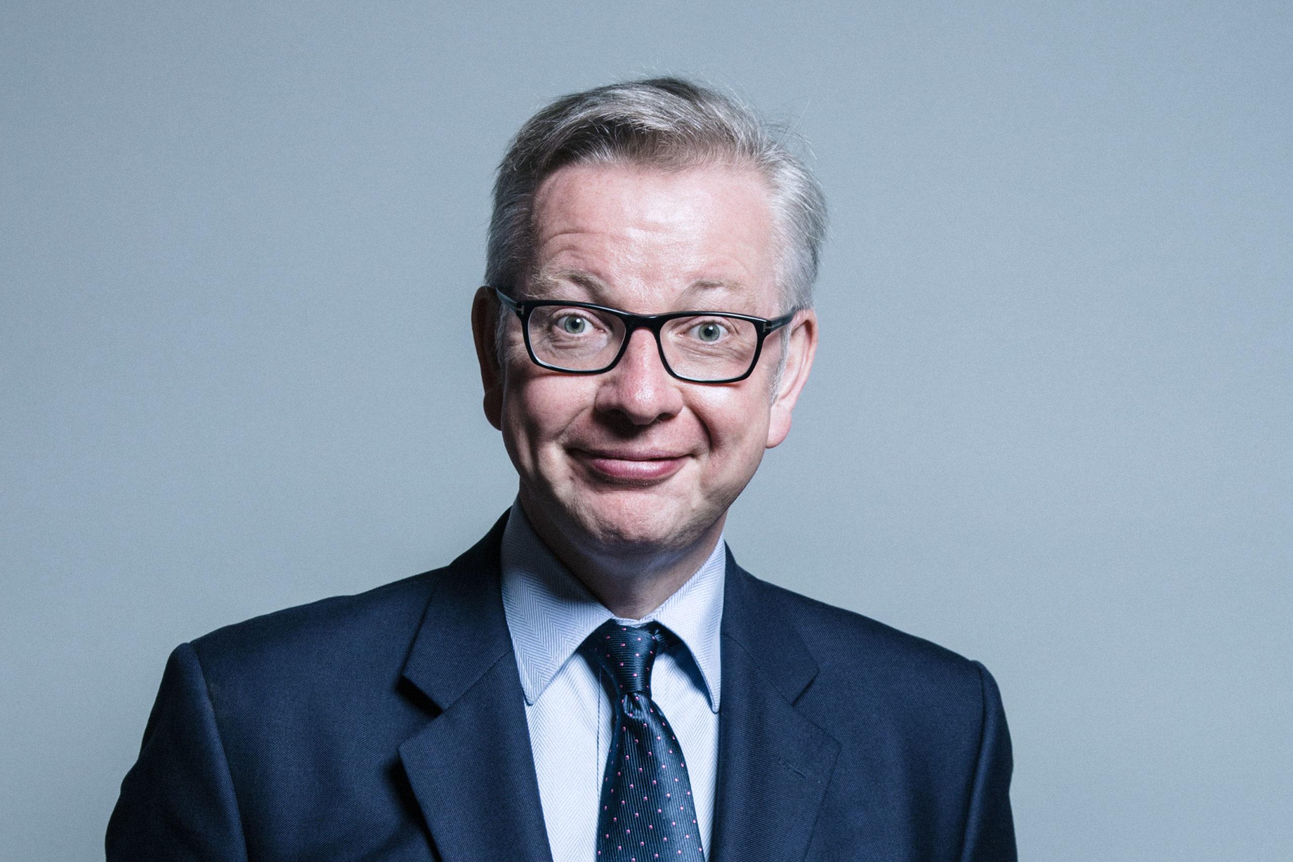Covid-19. Ministro britânico Michael Gove em isolamento
